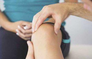 ont sidan av knät