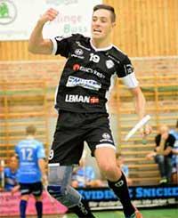 Viktor Hansson Innebandy Knästöd SofTec Genu Bauerfeind
